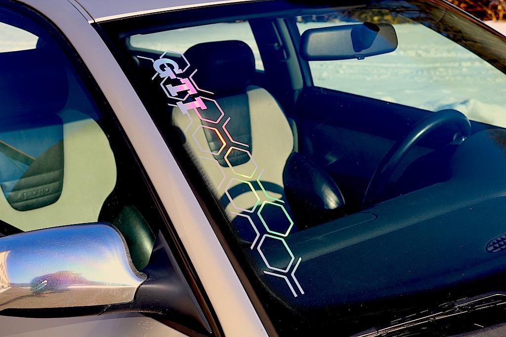 gti wabenmuster vw autoaufkleber hexa pixel cyber oilslick. Black Bedroom Furniture Sets. Home Design Ideas